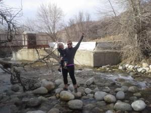 rockthrowing